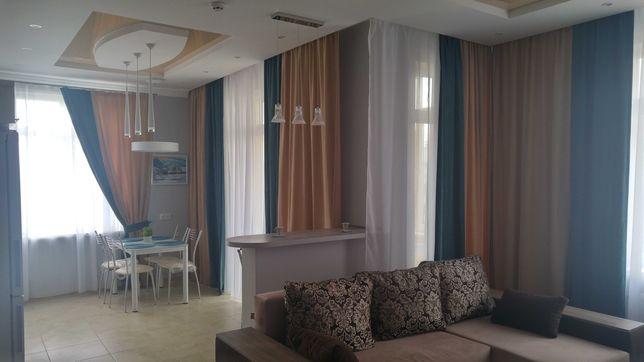 Продаж 2 кімн. квартири бізнес класу з ремонтом та меблями.
