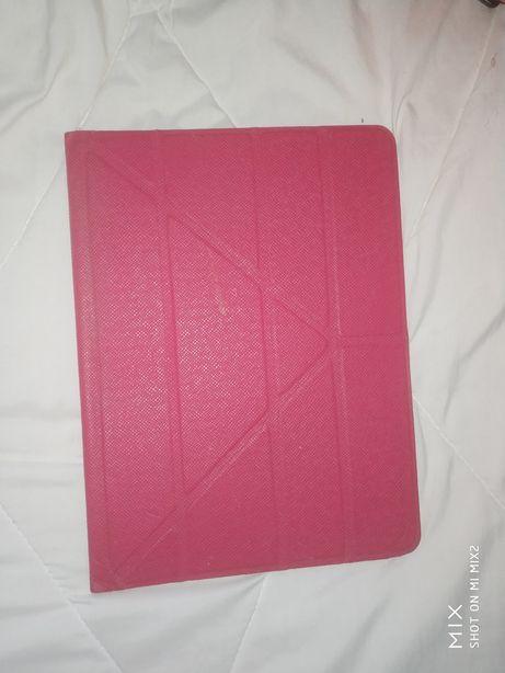 Продам чехол-книжку универсальный для планшетов 10'1 диагональ