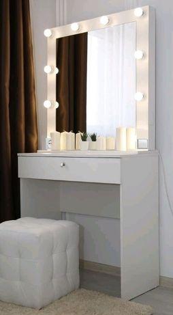 Акция! Туалетный столик для с подсветкой с зеркалом с лампочками 2380