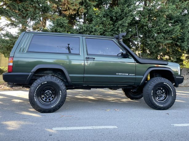 Jeep cherokee XJ 2.5 (3 portas)