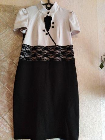 Продам недорого жіноче плаття