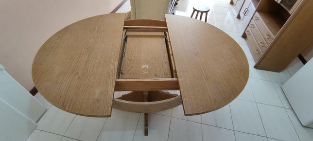 Mesa de sála extensivel