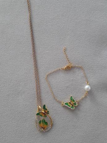 Zestaw biżuterii wisionek+bransoletka zawieszki motylki w kolorzeZłoto