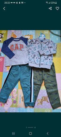 Комплект одежды на 3 года