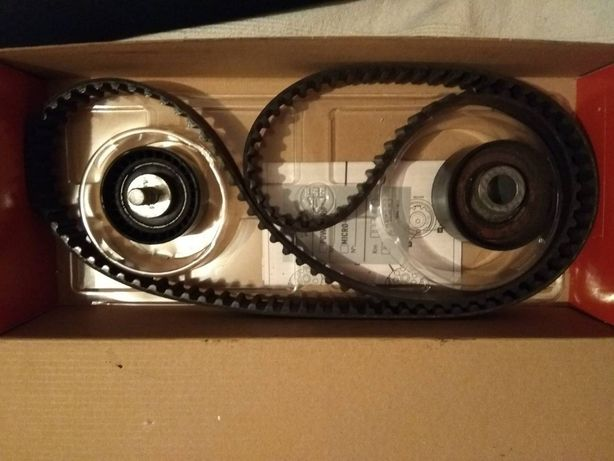 Ремень ГРМ с двумя роликами на ВАЗ Приору (2170)