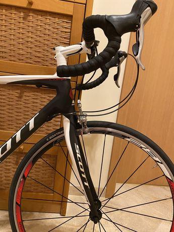 Szosowy Scott CR1 team full carbon (rozmiar M)