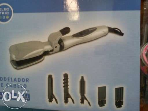 Alisador modelador de cabelo novo em caixa
