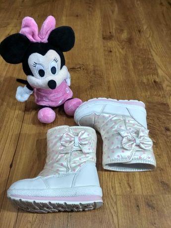 Зимові чобітки для дівчинки томм