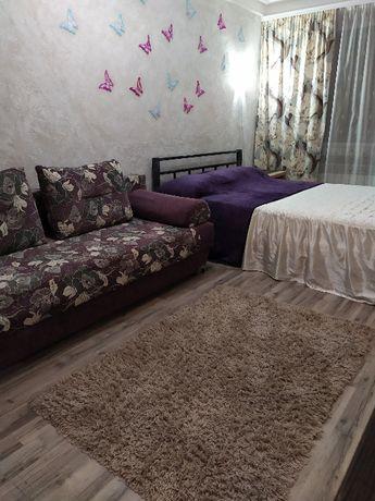 Оренда квартири подобово ,2 кiмн,центр,чисто,документы.Володимирска105