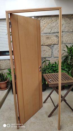 Portas interiores completas em faia