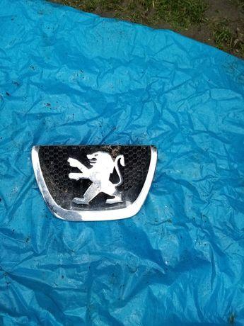 Znaczek atrapy przod Peugeot Orginal wysylka