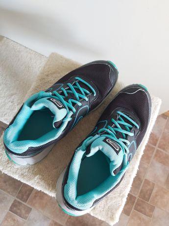 Buty sportowe do biegania, nordic walking