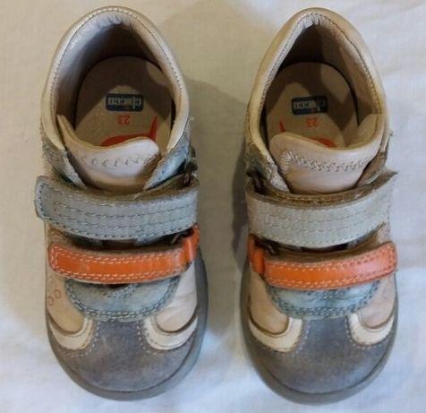 Продам детские ботинки Сhicco!