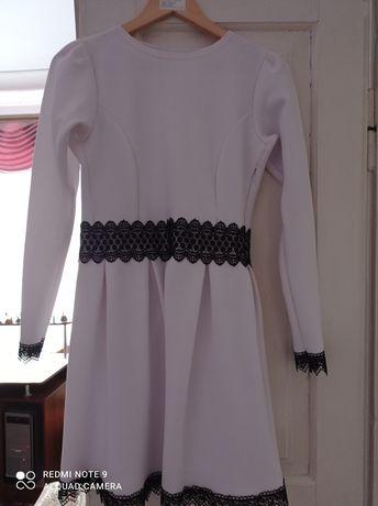 Плаття коротке біле