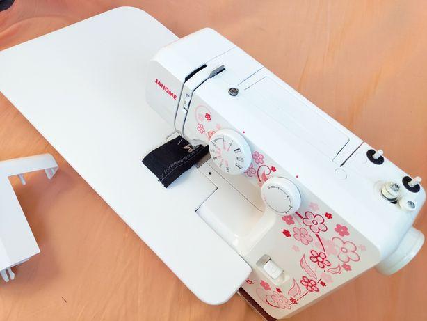 Швейная машинка Janome E-Line 15(+ столик)