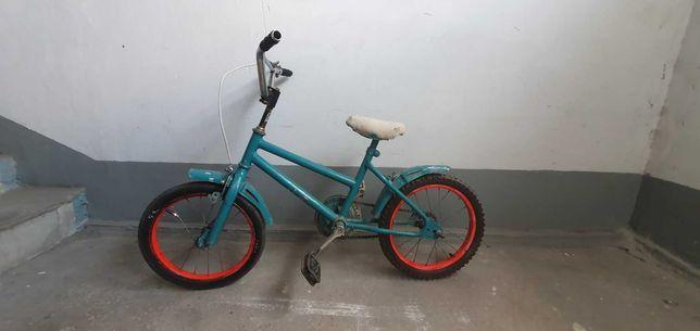 Велосипед 16, для ребенка от5ти до 10 лет