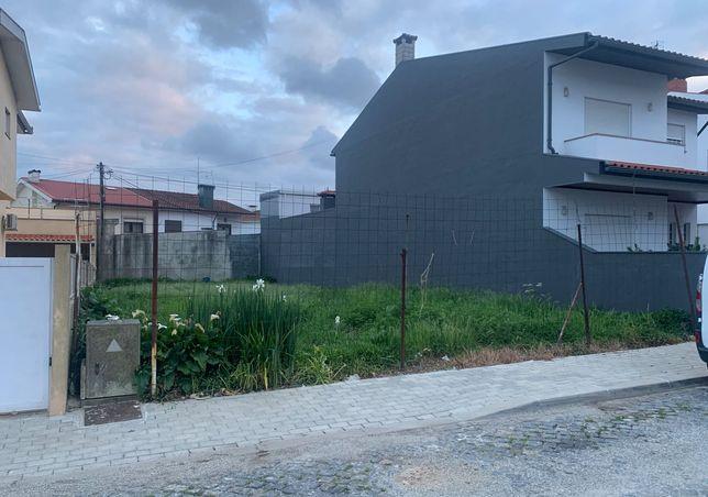 Lote de Terreno, Arcozelo - Barcelos [Pronto a Construir]