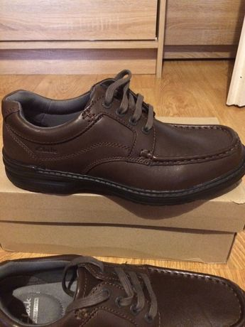 Clarks skórzane buty 41,5