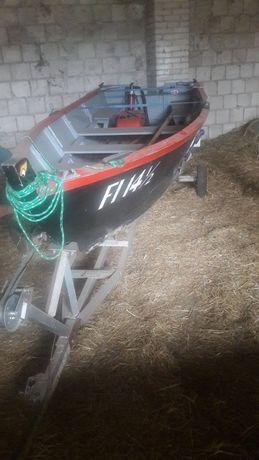 Łódka wędkarska rekreacyjna zamiana na pychówke