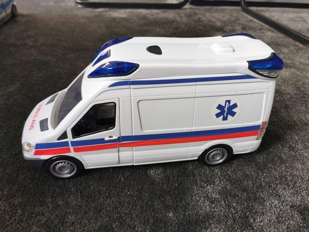 Ambulans duży świeci, dźwięk