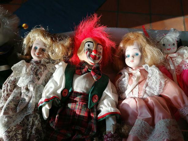 Bonecas em porcelana diversas