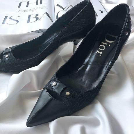 Винтажные туфли DIOR