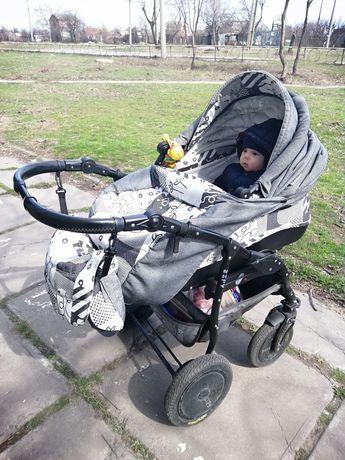 Детская каляска 2 в 1 с хорошими амортизаторами и надувными колёсами!