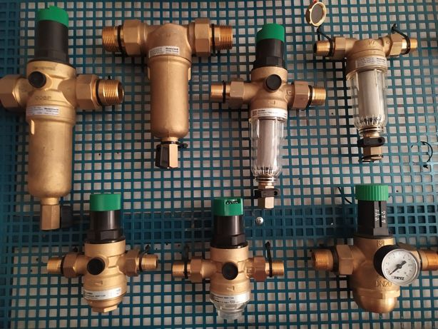 Самопромывные фильтры, редуктор давления, группа безопасности