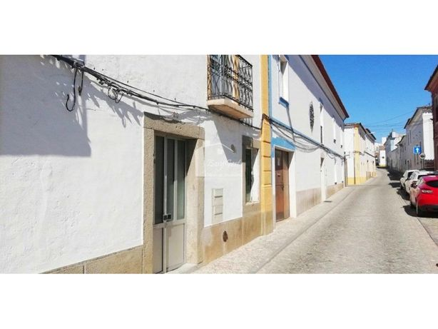 Apartamento T3 c/ quintal na Vila de Redondo