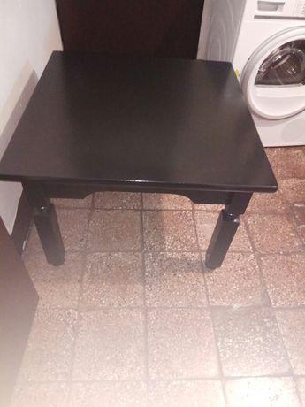 Sprzedam czarny stolik