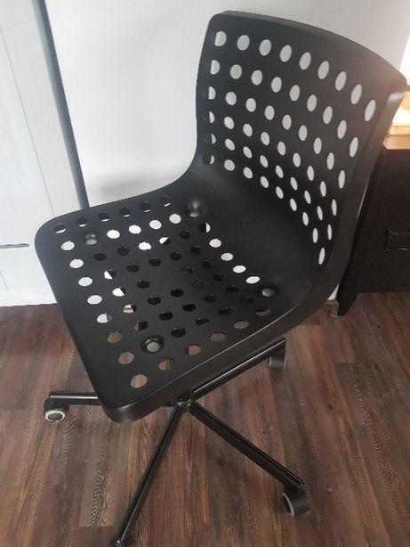 Krzesło fotel obrotowy do biurka czarny stan b. dobry