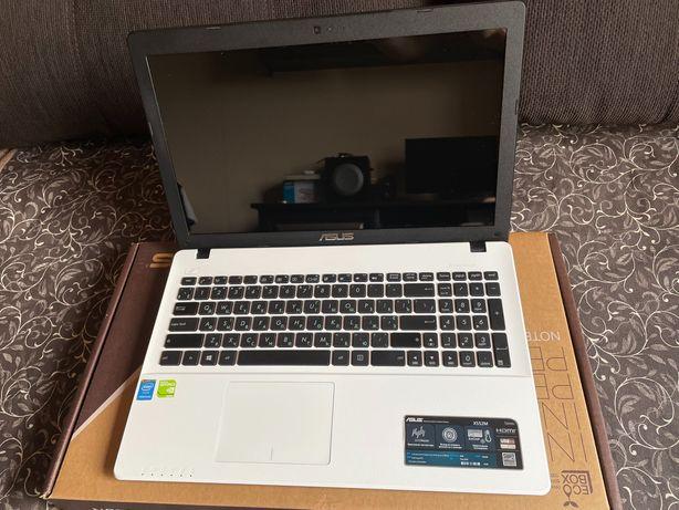 Asus X552M ноутбук