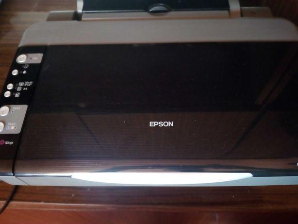 Drukarka 3w1  Epson dx4000  Na czesci