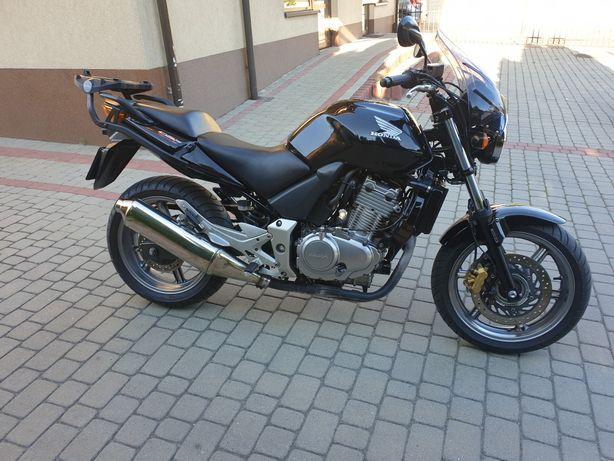 Śliczna HONDA CBF 500