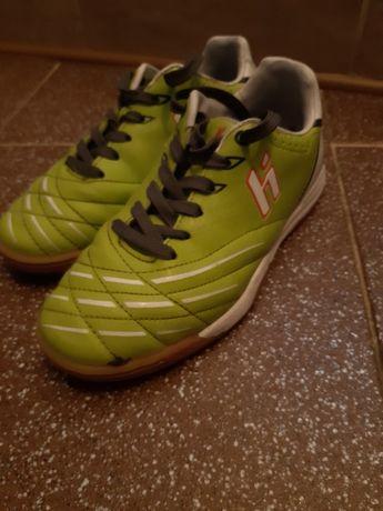 Buty halowe r31