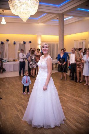 prześliczna suknia ślubna roz 38-42