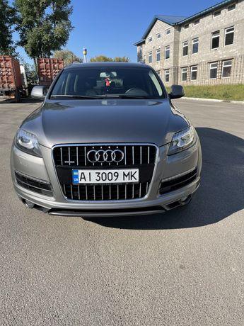 Audi Q7 quattro 2012