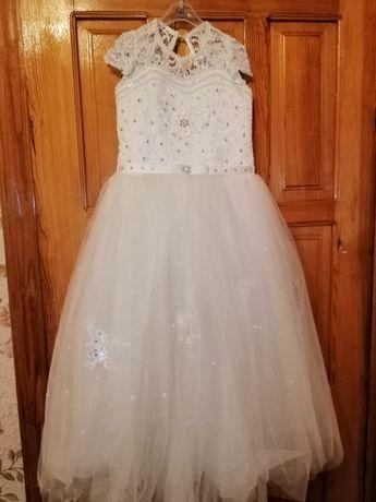 Платье на выпускной в сад школу бальное
