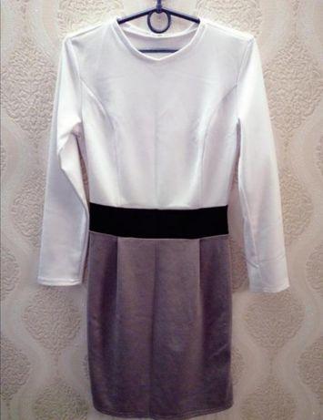 Платье, размер 42, новое
