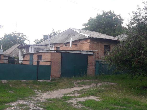 Срочно продам Дома с участком  г.Богуслав (центральна улица)
