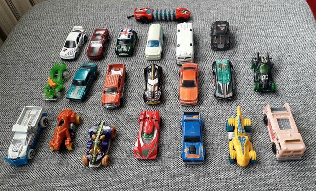 20 autek Hot Wheels + 1 szt gratis!!