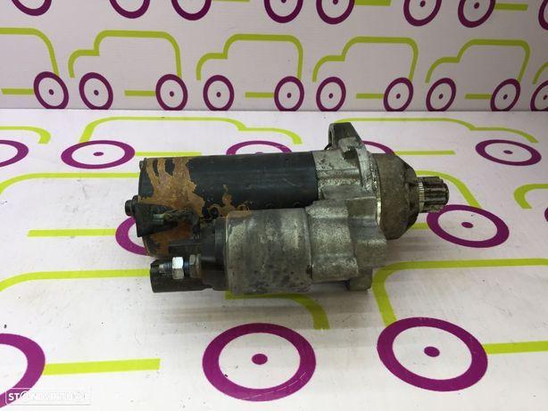 Motor Arranque VolkswagenPassat 2.0Tdi 140Cv 2005 - Ref: 02M911023P - NO40011