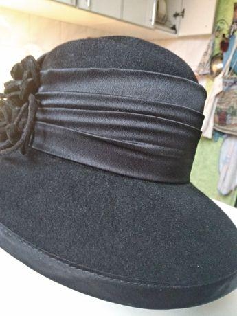 Шляпа женская, фетровая