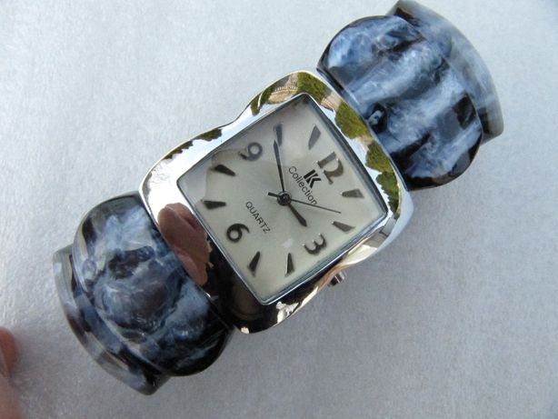 Часы кварцевые, в коллекцию, 2008 года выпуска, новые