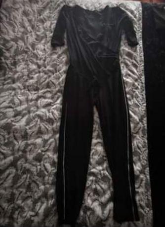Macacão pré-mamã Kiabi e calça ganga pré-mamã