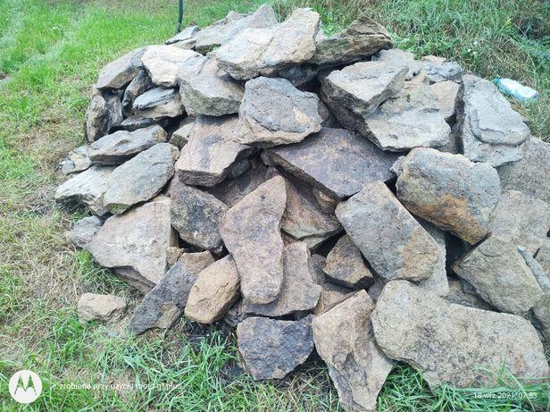 Łupek skalniakowy kamień ogrodowy ozdobny