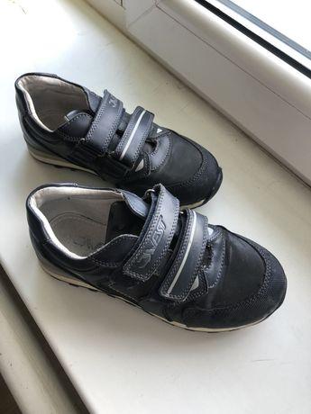 Продам ботиночки б/у 33р