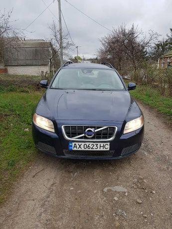 Продам отличное авто Volvo V70, чистый швед.