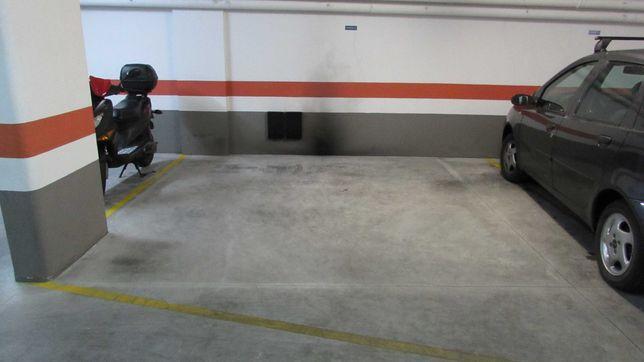 Garagem Parqueamento Prior Velho para mota