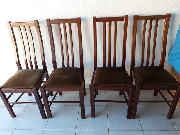 4 Cadeiras Sala boa Madeira